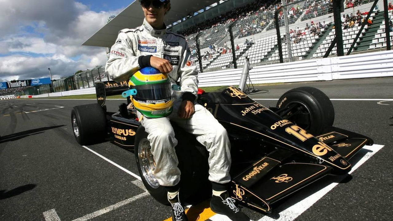 Bruno Senna (BRA), Hispania Racing F1 Team HRT drives the 1986 Lotus Renault Turbo of Ayrton Senna - Formula 1 World Championship, Rd 16, Japanese Grand Prix, 10.10.2010 Suzuka, Japan