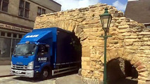Truck Gets Wedged In Britain's Oldest Roman Arch