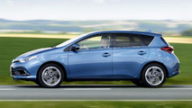 2015 Toyota Auris facelift