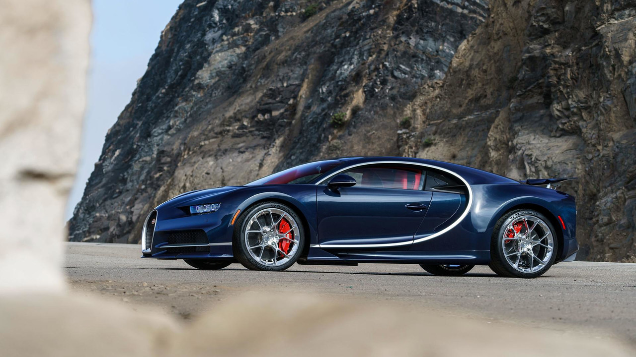 don t worry bugatti chiron tires won 39 t cost 42 000 to replace. Black Bedroom Furniture Sets. Home Design Ideas