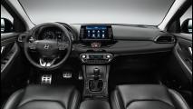 Hyundai i30 Vs Volkswagen Golf 005