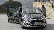 2013 Ford B-Max spied 01.09.2011
