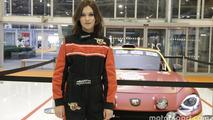 Bologna Otomobil Fuarı Kızları