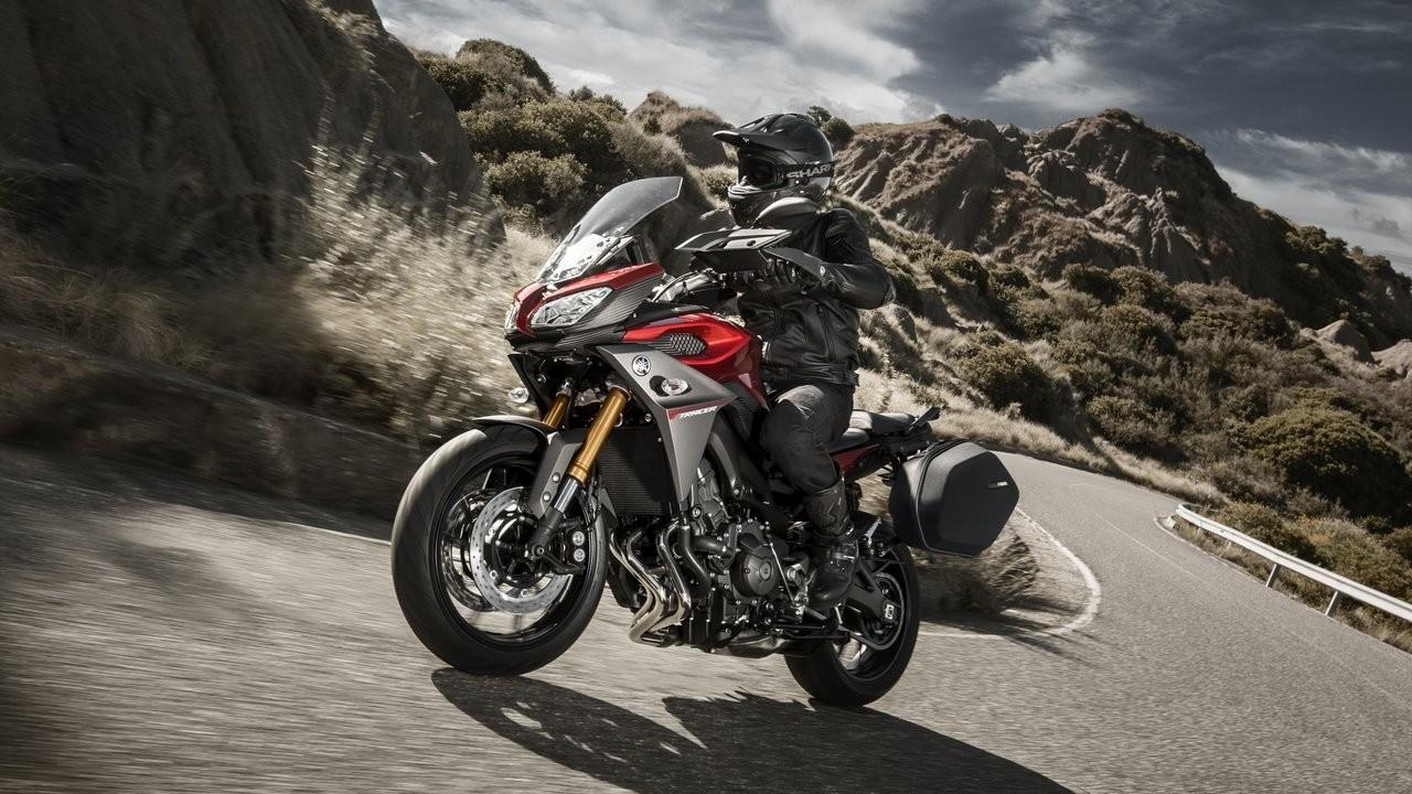Yamaha confirma novas R1 e MT-09 Tracer como atrações do Salão Duas Rodas