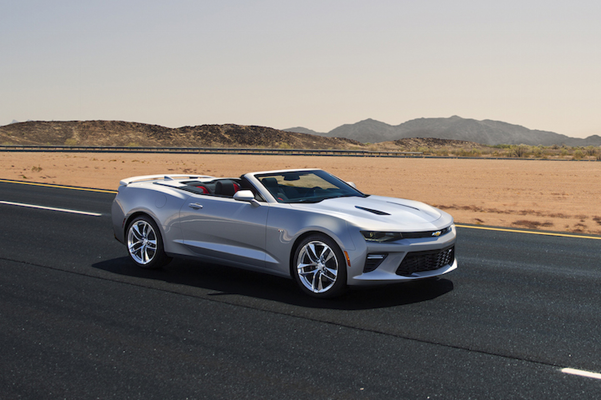Camaro Driver Cited for Doing 171 MPH in Minnesota