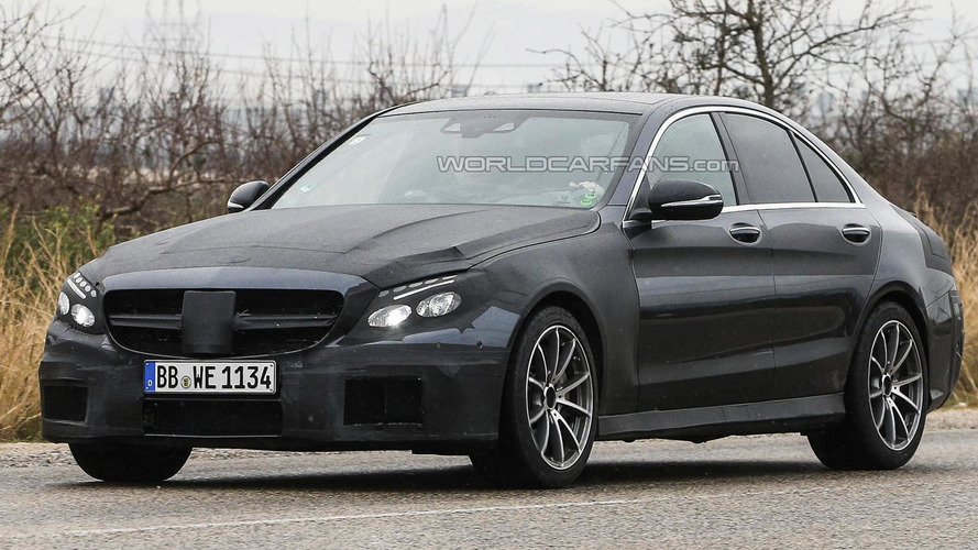 2015 Mercedes-Benz C63 AMG returns in more revealing spy pics from Spain