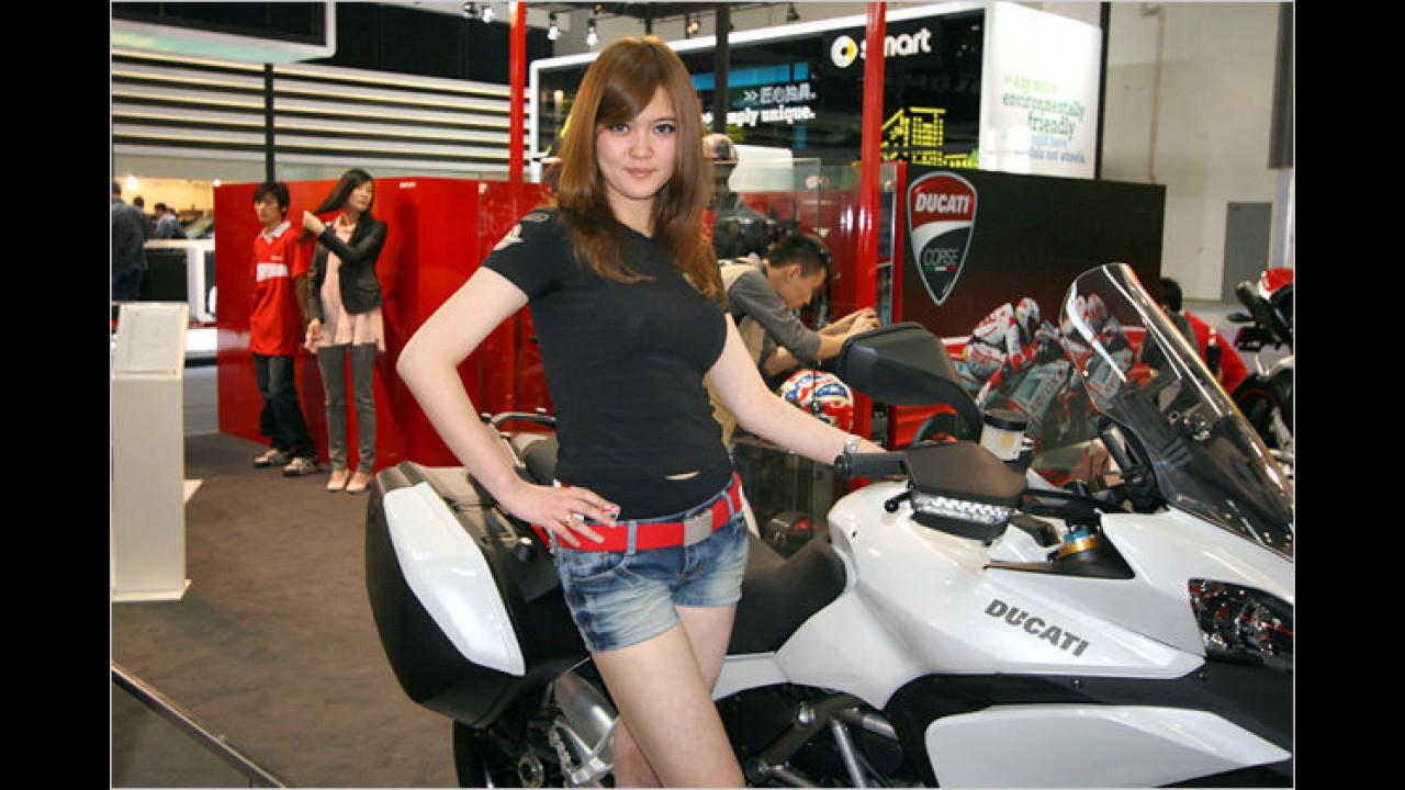 Falls Sie sich nicht für Motorräder interessieren, müssen Sie ja nicht hinschauen