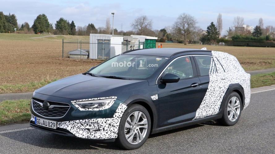 2018 Opel Insignia Country Tourer spy photo