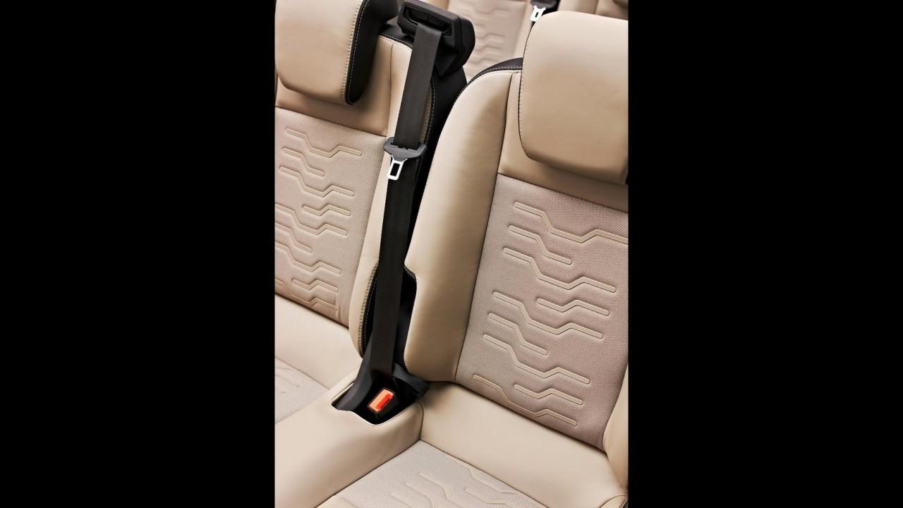 Ford Tourneo Custom Concept 2012: cara global para van de trabalho
