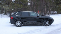 2011 Porsche Cayenne spy photo