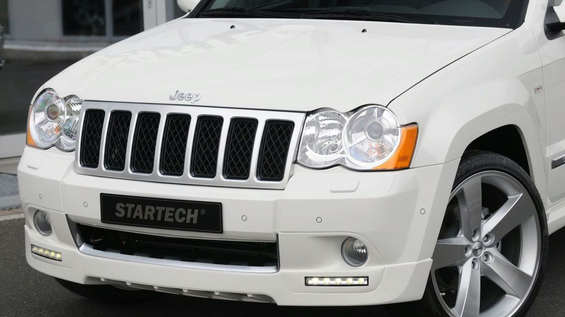 super summit approved the overland jeep sandy storm grand cherokee