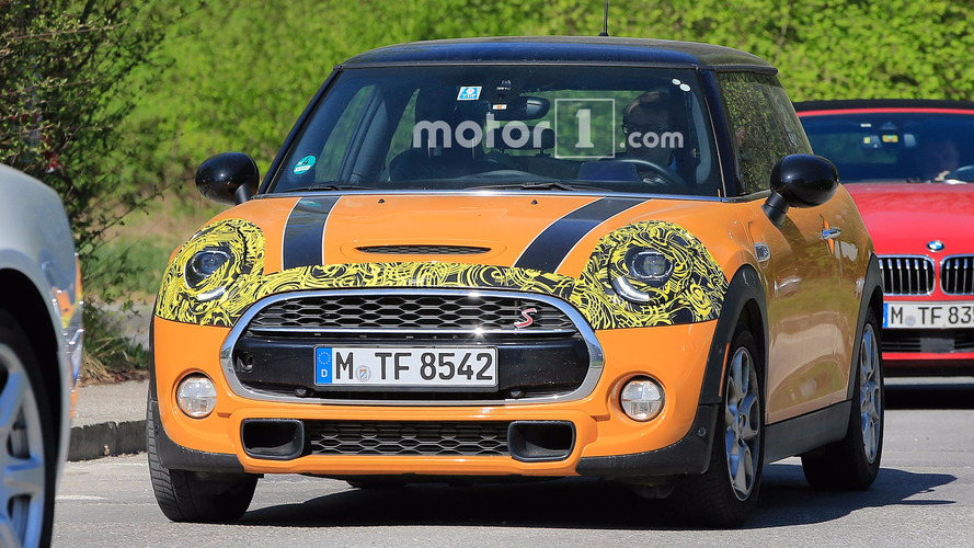 Mini Two-Door Refresh Spy Photos