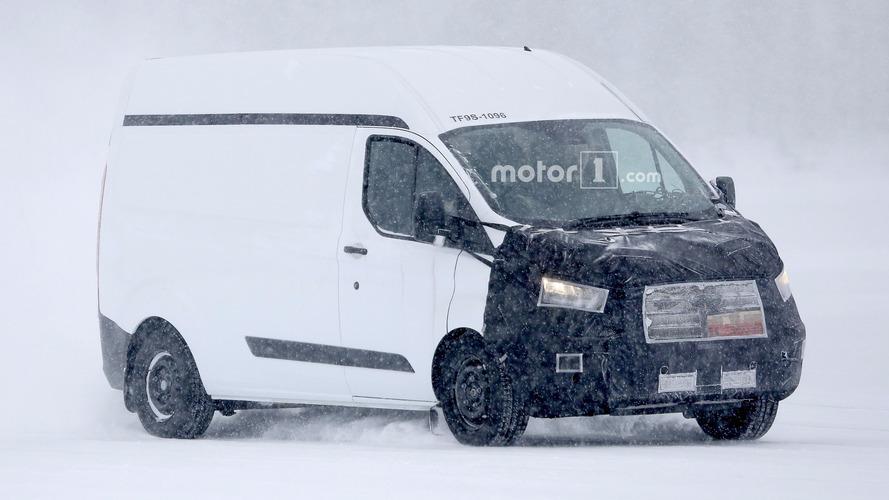 Ford Transit Custom yeni makyajı ile görüntülendi
