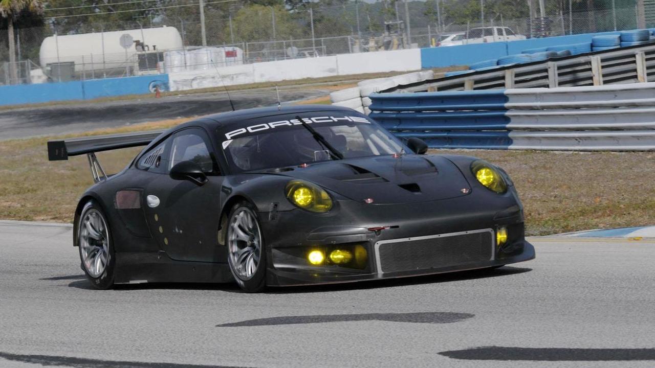 2014 Porsche 911 GT3 RSR prototype 22.2.2013