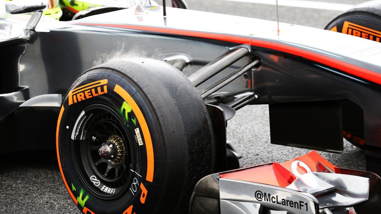 Sergio Perez McLaren MP4-28 Pirelli tyre steaming 10.05.2013 Spanish Grand Prix