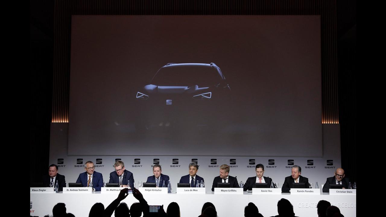 Seat, primi teaser del SUV 7 posti