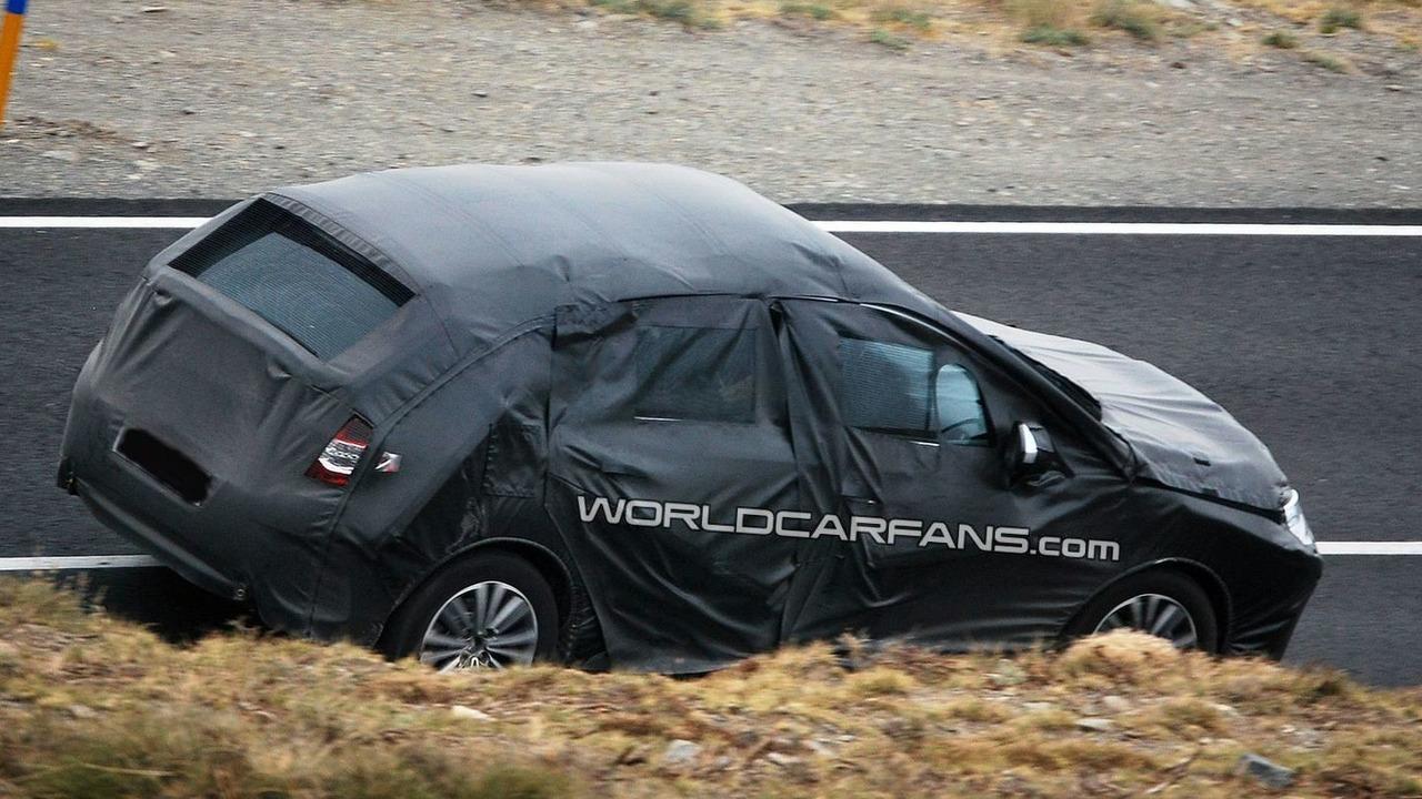 2011 Citroen C4 Spy Photos