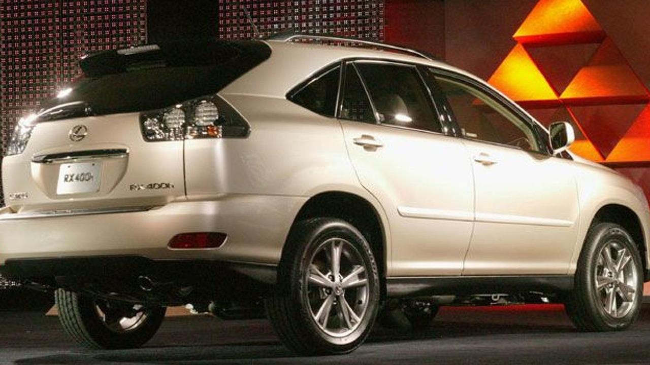Lexus RX400h Unveiled