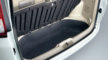 New Nissan Serena - Luggage