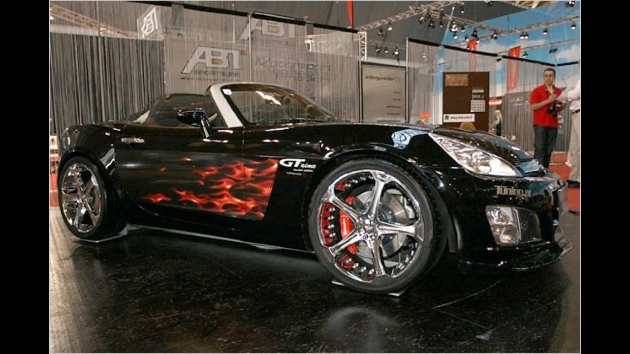 Königseder liebt den flotten Roadster von Opel und nennt ihn GT'aime