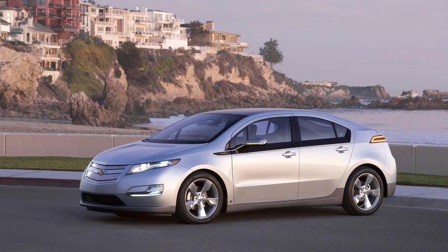 2016 Chevrolet Volt coming next year with an evolutionary design - report