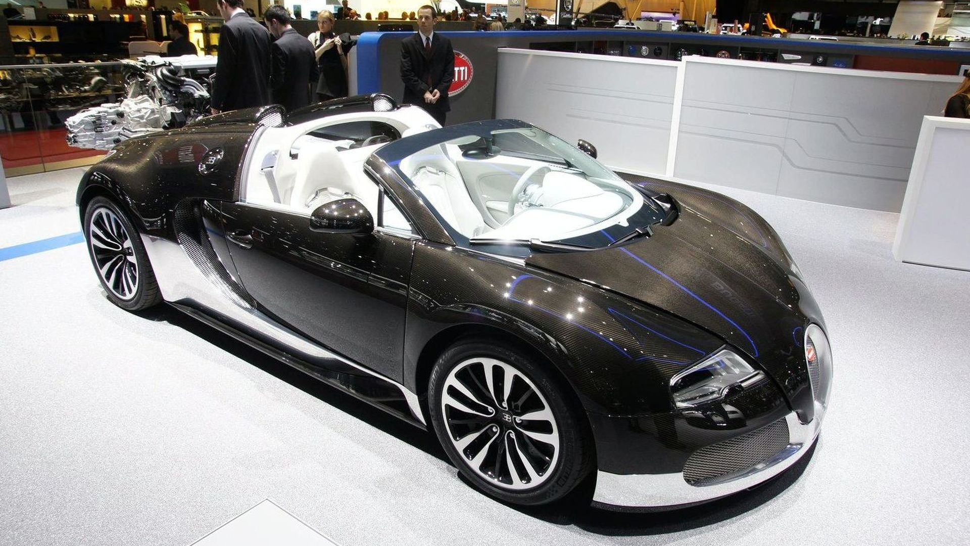 two unique bugatti veyron 16 4 grand sports expose their. Black Bedroom Furniture Sets. Home Design Ideas