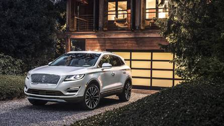 Lincoln MKC Gets A Fresh Face For 2019