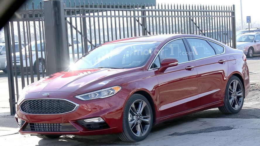 Ford Fusion facelift spied one last time ahead of tomorrow's reveal