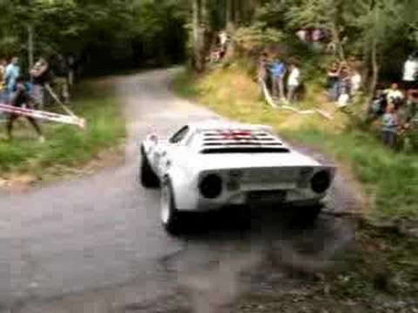 LANCIA STRATOS ALL'ALPI ORIENTALI