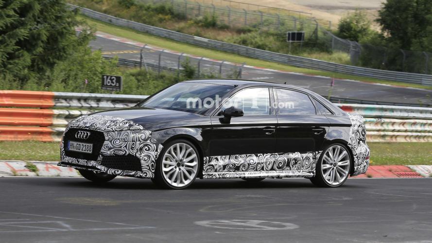 Audi RS3 Sedan 400 bg ile Paris'i sallamaya geliyor