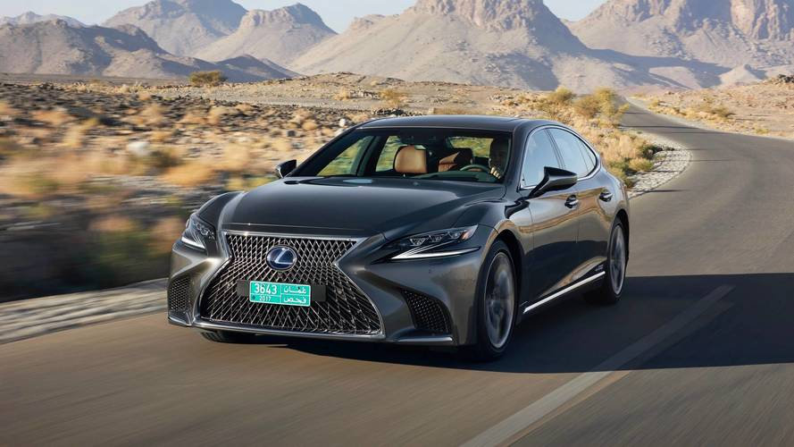 2018 Lexus LS 500h review: Daring to be different