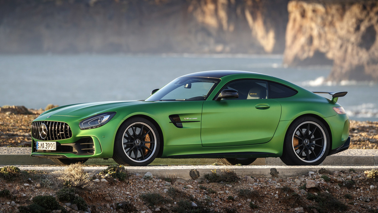 2018 mercedes amg gt r first drive the green monster of. Black Bedroom Furniture Sets. Home Design Ideas