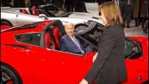 Vice-presidente dos EUA provoca Porsche e diz que Corvette é melhor