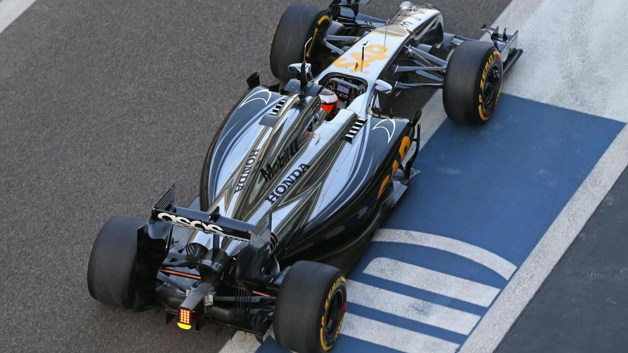 Stoffel Vandoorne (BEL), McLaren MP4-29H Test and Reserve Driver - Honda engine being used, 25.11.2014, Formula 1 Testing, Day One, Yas Marina Circuit / XPB