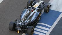 Stoffel Vandoorne (BEL), McLaren MP4-29H Test and Reserve Driver - Honda engine being used, 25.11.2014, Formula 1 Testing, Day One, Yas Marina Circuit / XPB