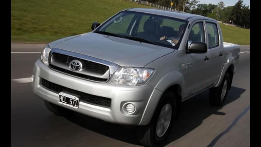 Toyota Hilux e SW4 linha 2010 a gasolina chegam com novidades