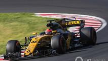 f1-hungaroring-august-testing-2017-robert-kubica-renault-sport-f1-team-rs17