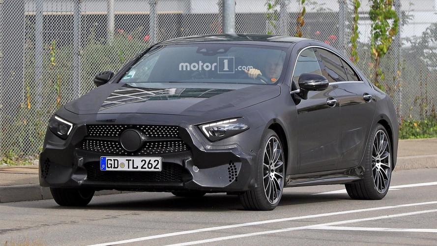 La nouvelle Mercedes CLS montre sa silhouette
