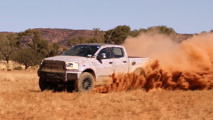 Vídeo - Veja a futura Ford Ranger Raptor acelerando no deserto