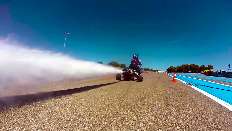 See This Bonkers Water Rocket Trike Go 0-62 MPH In 0.5 Seconds