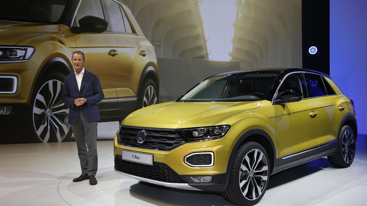 vw t roc gets ready to rock europe as a stylish little cuv. Black Bedroom Furniture Sets. Home Design Ideas