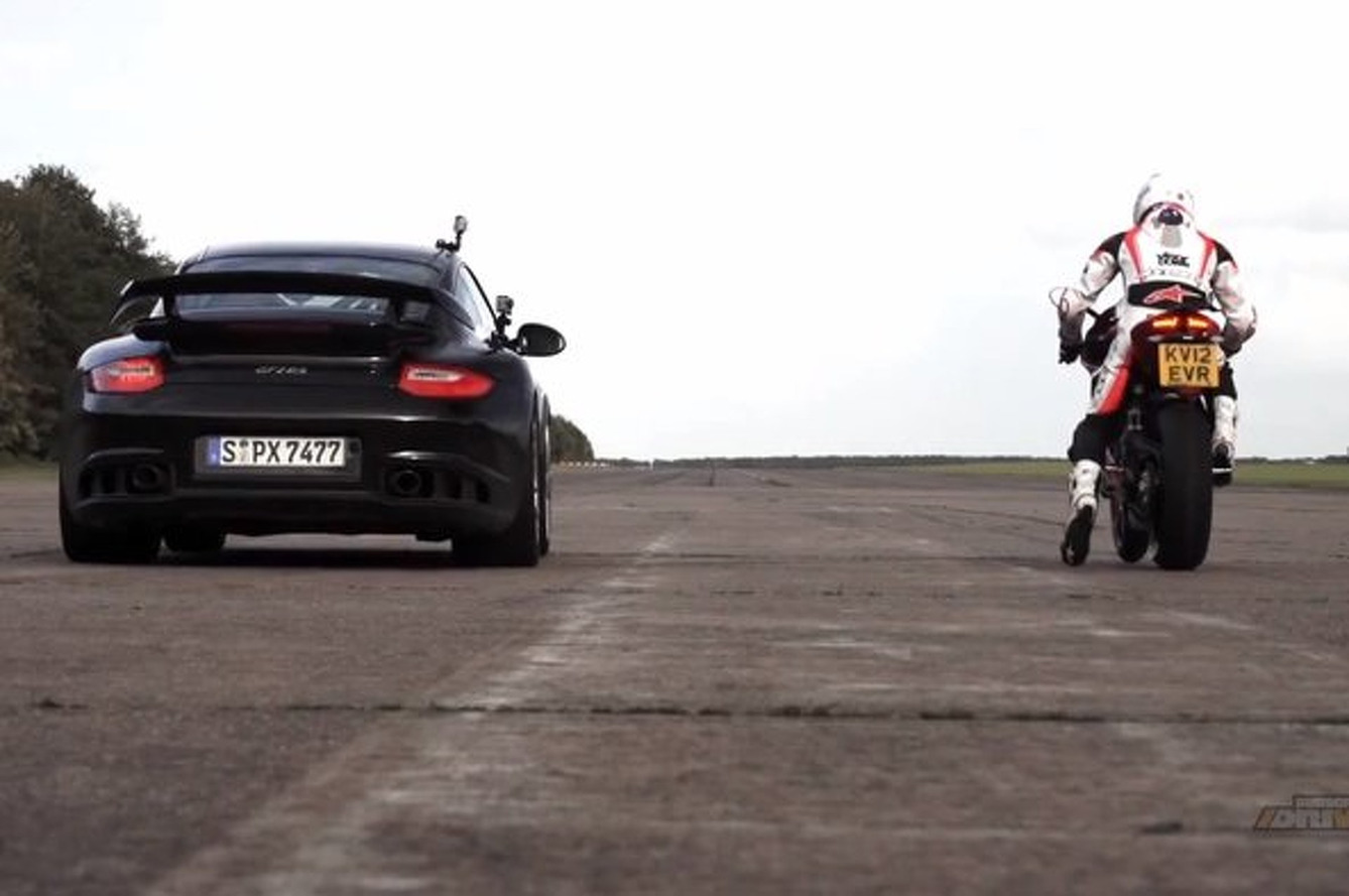Porsche 911 GT2 RS vs. Ducati 1199 Panigale in a 200 MPH Drag Race