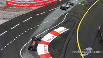 Lewis Hamilton, Mercedes AMG F1 W07 Hybrid leads Daniel Ricciardo, Red Bull Racing RB12
