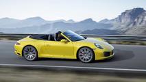 Porsche 911 Carrera 4S Cabriolet amarillo