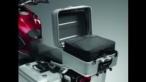 Honda lança linha de acessórios para a VFR 1200X Crosstourer