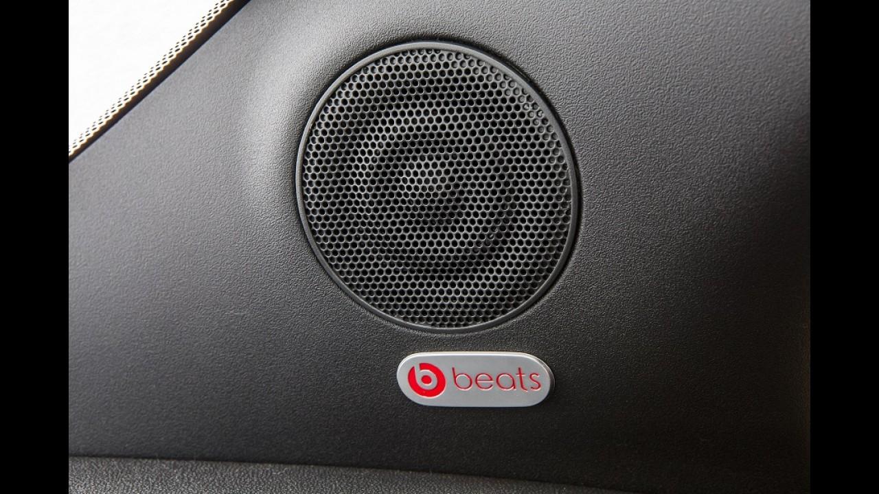Fiat 500 2015 chega com novidades no painel e sistema de som da Beats