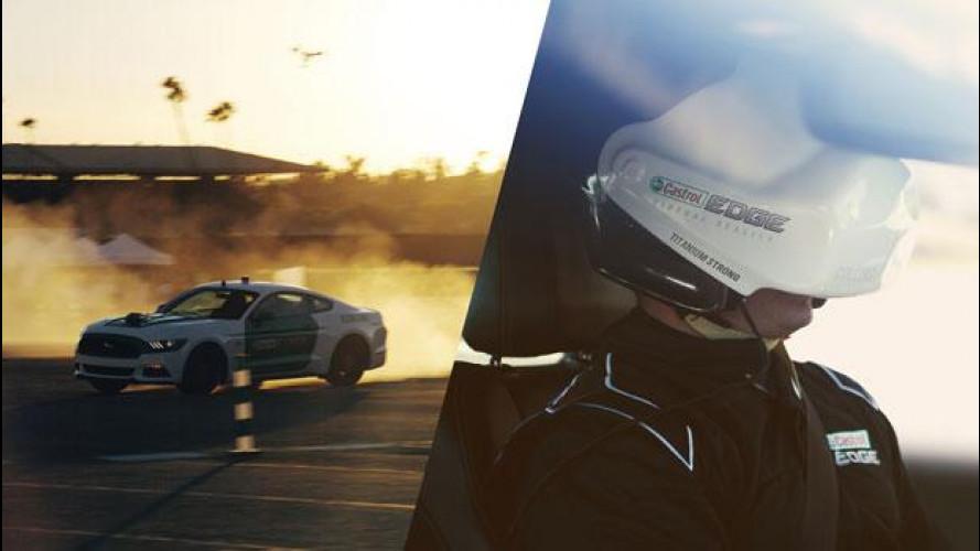 Ford Mustang, la corsa di The Stig ai limiti della realtà [VIDEO]