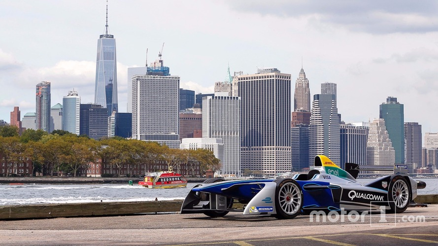 Formula E unveils New York track layout in Brooklyn