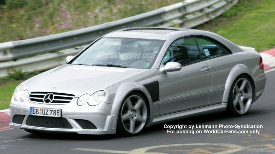 SPY PHOTOS: Mercedes CLK DTM Facelift