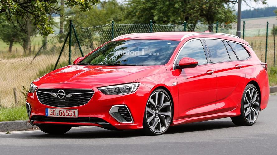 Opel Insignia GSi Sport Tourer 2017, fotos espía sin camuflaje